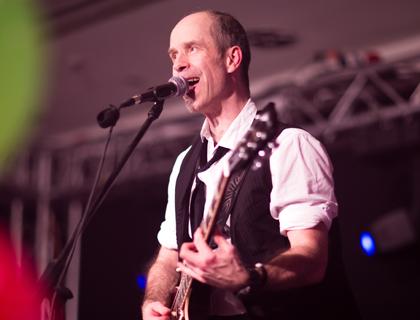 Andreas Vockrodt ist Gitarrist der Hochzeitsband PARTYBLUES